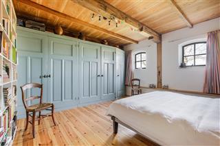 Rolgordijnen Slaapkamer 86 : Te koop beets beets hoekstra en van eck