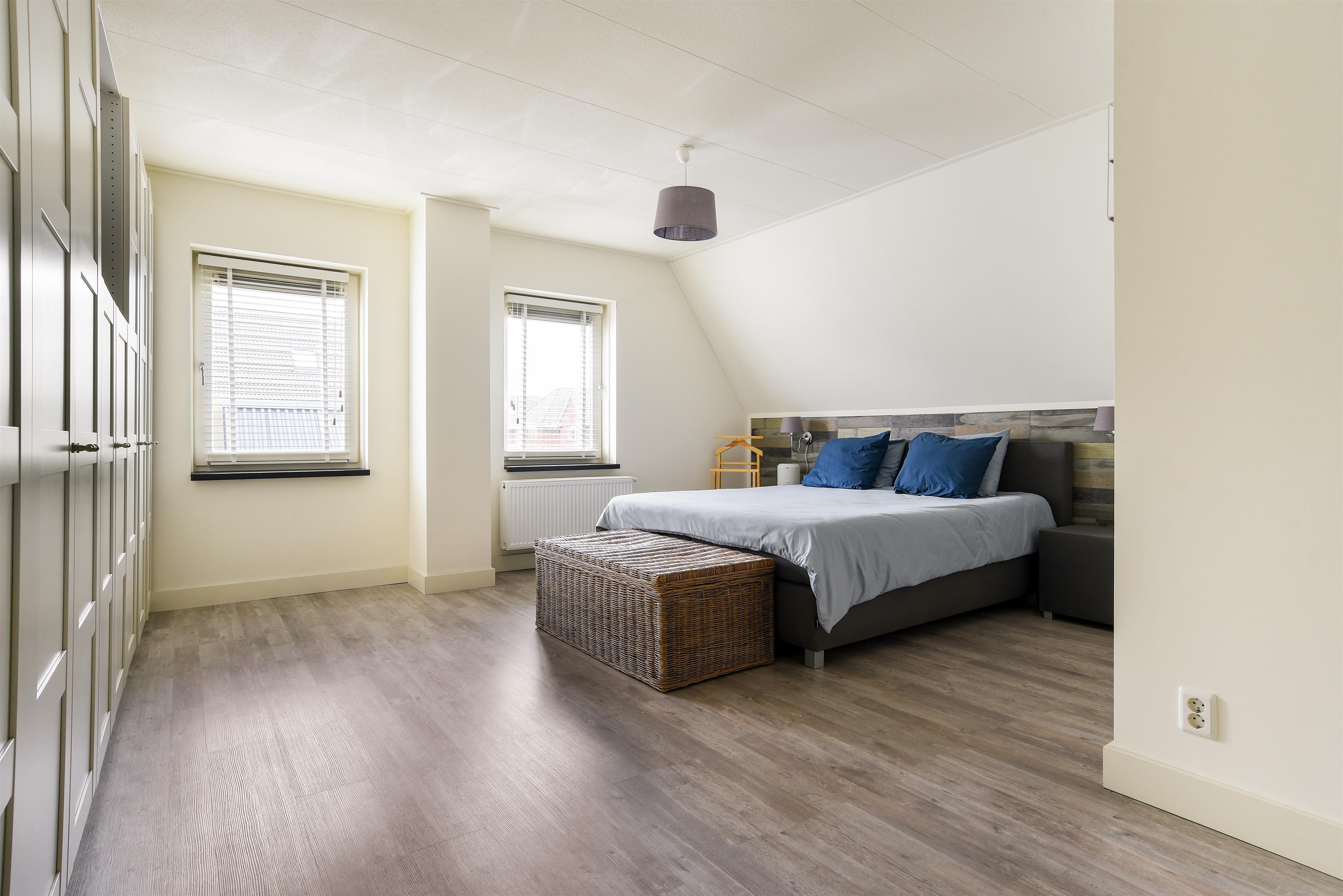 Zonwering Slaapkamer 13 : Te koop middenpad zuidoostbeemster hoekstra en van eck