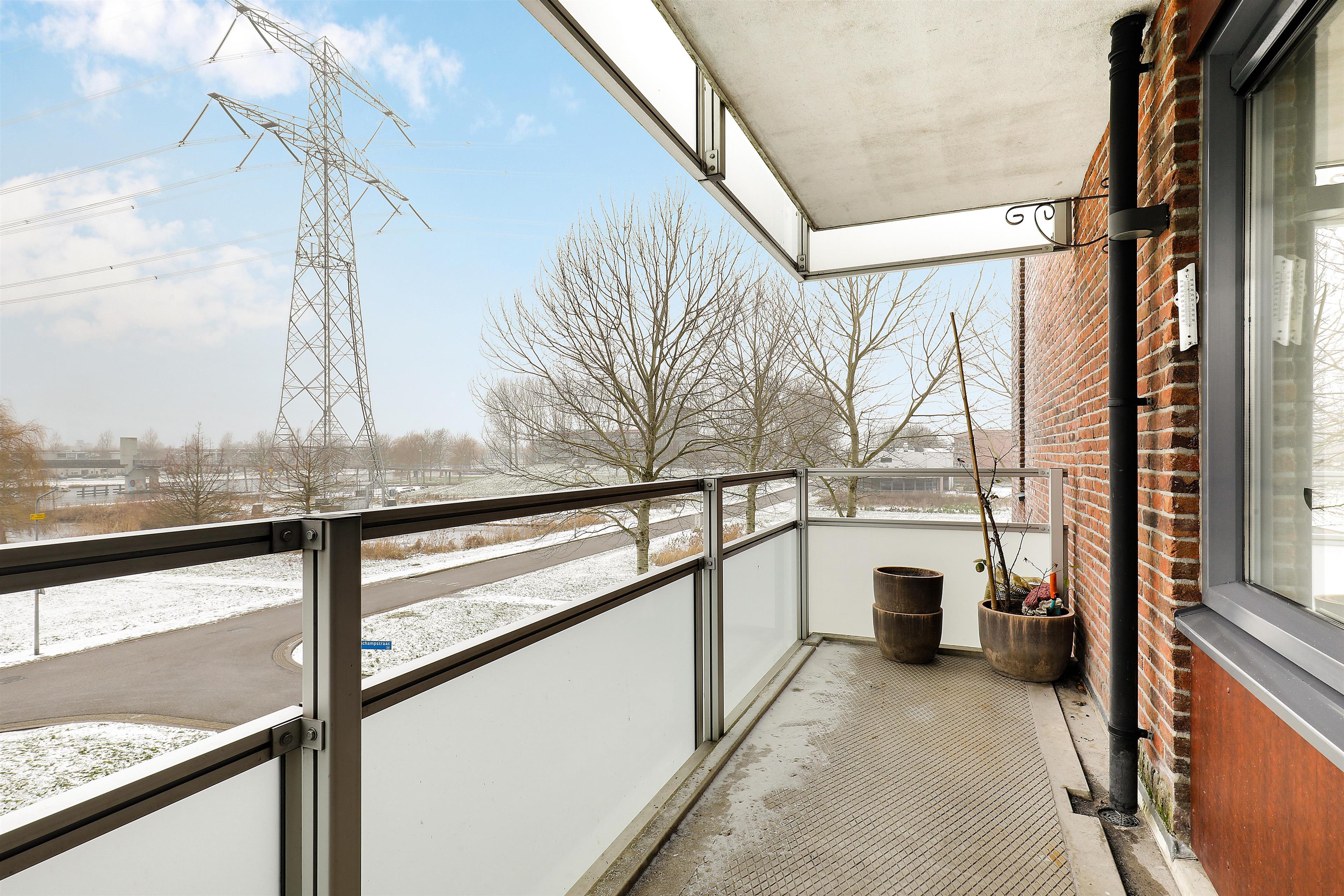 Bedwelming Te koop: Paul Kleestraat 18, Almere - Hoekstra en van Eck QP75