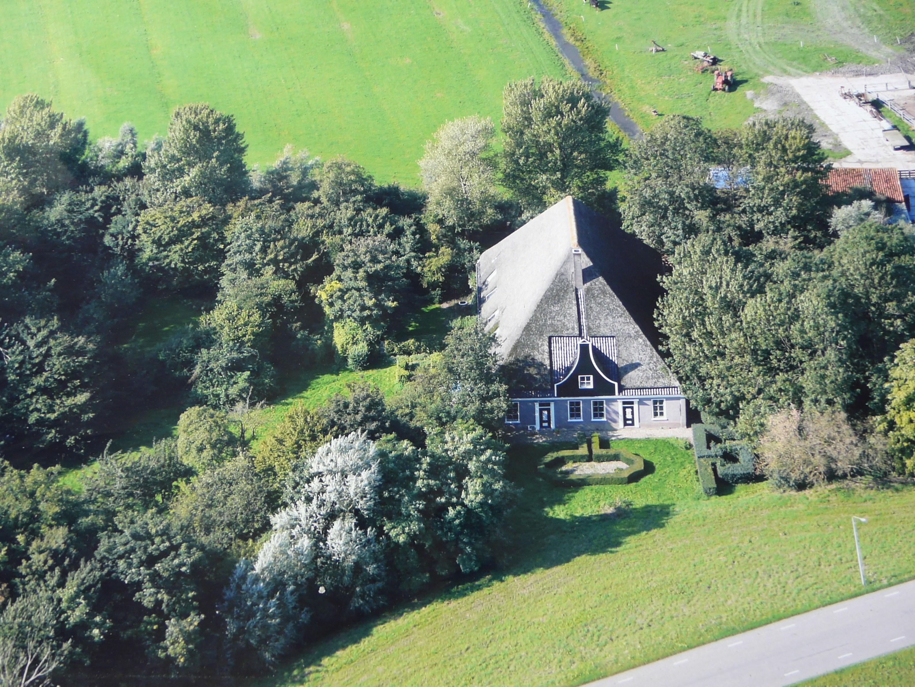 Te koop westfriesedijk 166 kolhorn hoekstra en van for Dubbele bewoning boerderij